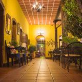hotel-lobby-antigua-guatemala-3